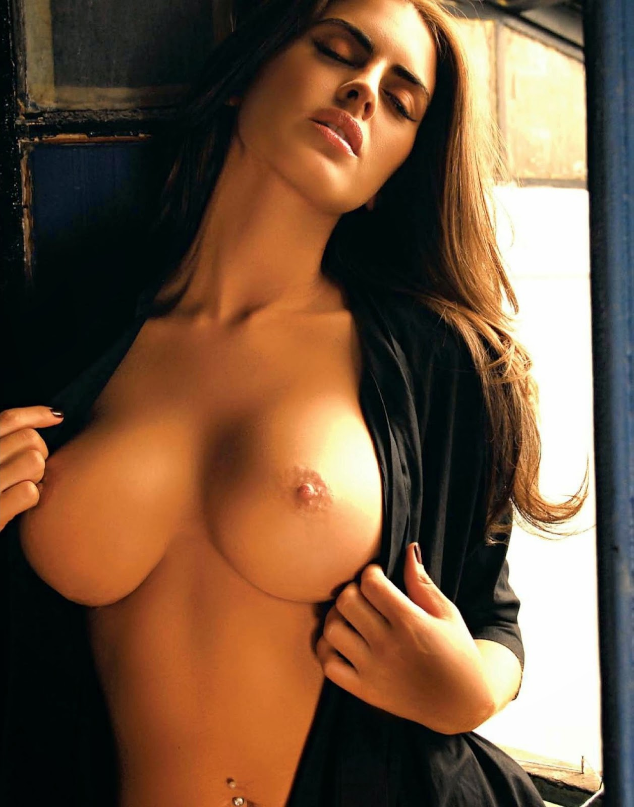 Playboy Argentina August Issue Nude Picture Bluedols
