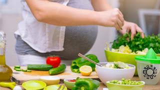 प्रेग्नेंसी (गर्भावस्था) में क्या खाना चाहिए और क्या नहीं खाना चाहिए।