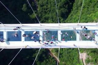Photos of China's record breaking glass bridge
