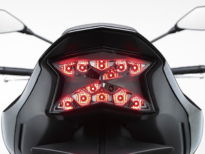 2017 Kawasaki Z900 Tail light Image