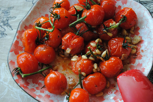 PAN - ROASTED VINE BABY TOMATOES WITH PINE NUTS