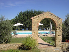 Farmhouse Holidays in Tuscany