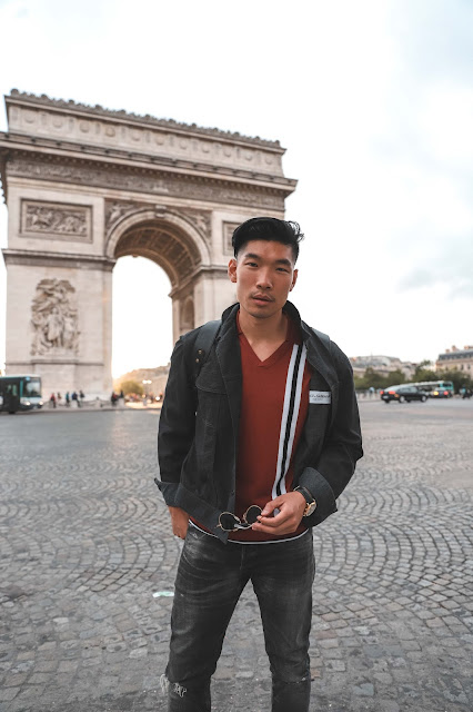 Leo Chan at the Arc du Triomphe
