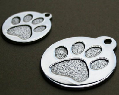 beautiful fully customizable dog tags