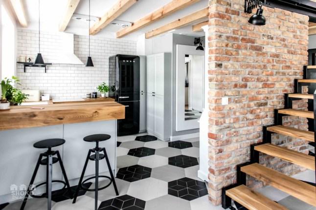 casa-estilo-geometrico-decoracion-nordica-alquimia-deco-escandinava-blanco-colores-interiores-cocina-geometrico-colores