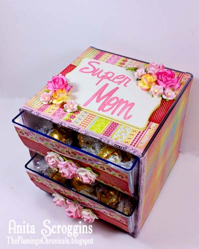 Super Mom Treat Holder using Deflecto Stackable Cube
