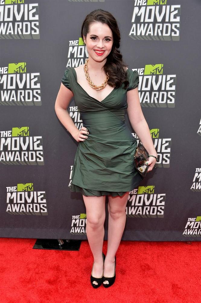 Vanessa Marano on 2013 MTV Movie Awards