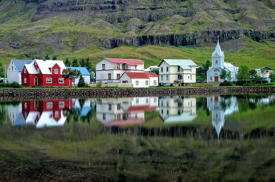 Ultima Thule: Seyðisfjörður, one of those Icelandic names