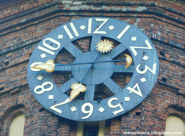 Калининград - часы на Кафедральном соборе