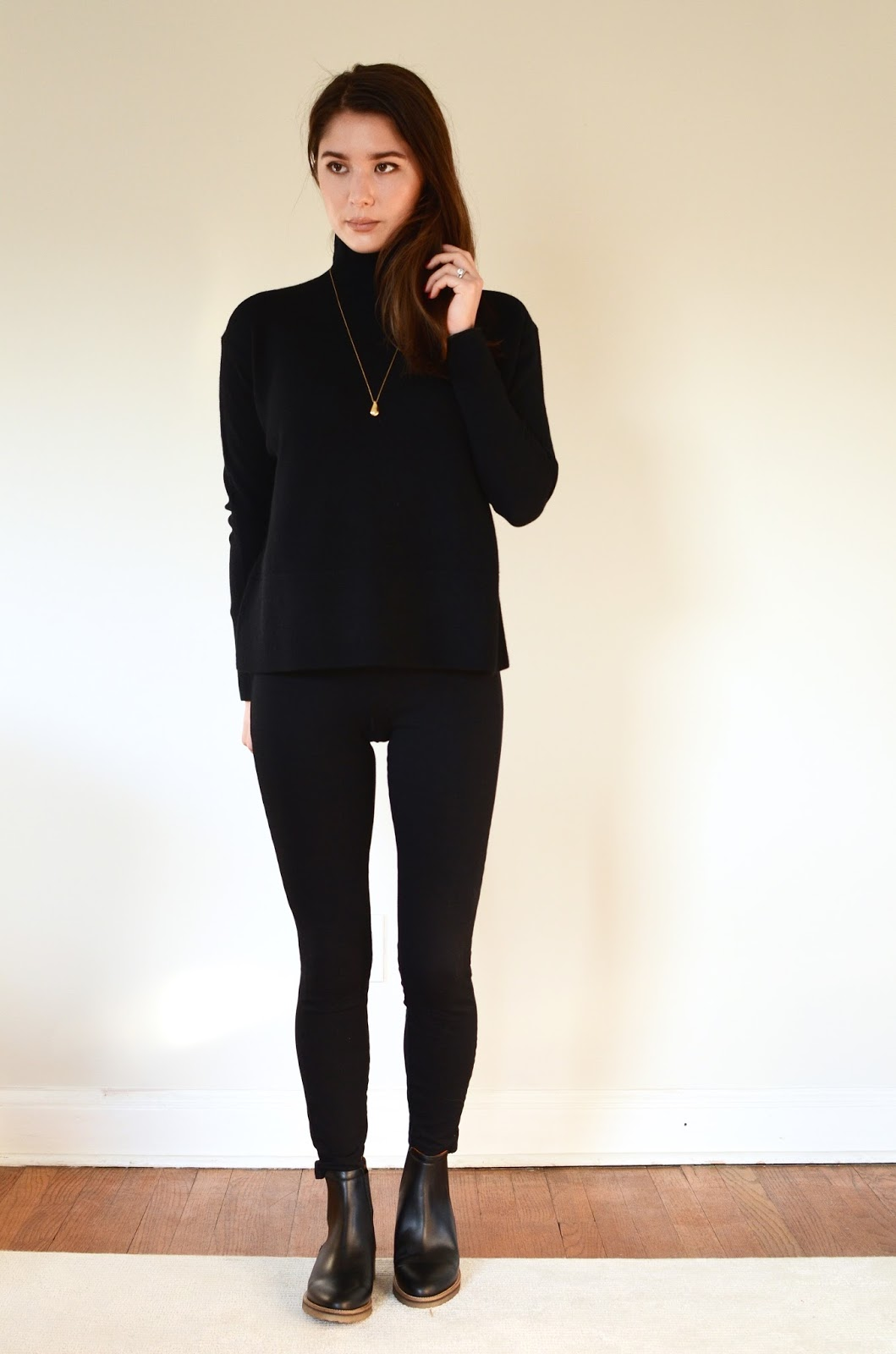 Everlane Brixton Boot Cashmere Square Turtleneck Review Photos Sizing Fit Information