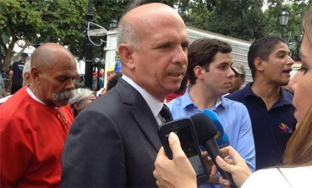 """""""El Pollo"""" Carvajal reconoció a Guaidó como presidente y retó a Maduro: asume tu responsabilidad"""