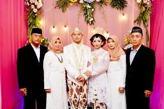 Rias Pengantin - Daniico Wedding Planner & Organizer