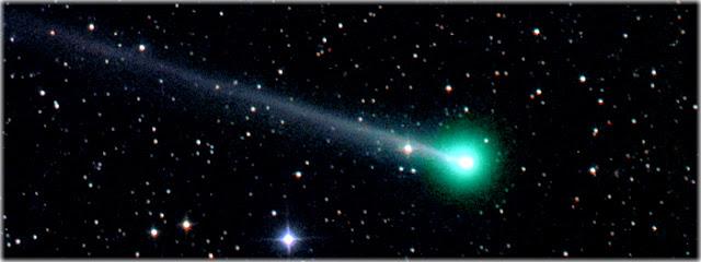 Resultado de imagem para meteoro de cauda verde