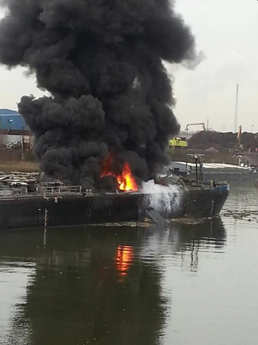 ACCIDENT, GERMANY: Two Killed in Tanker Explosion in Duisburg