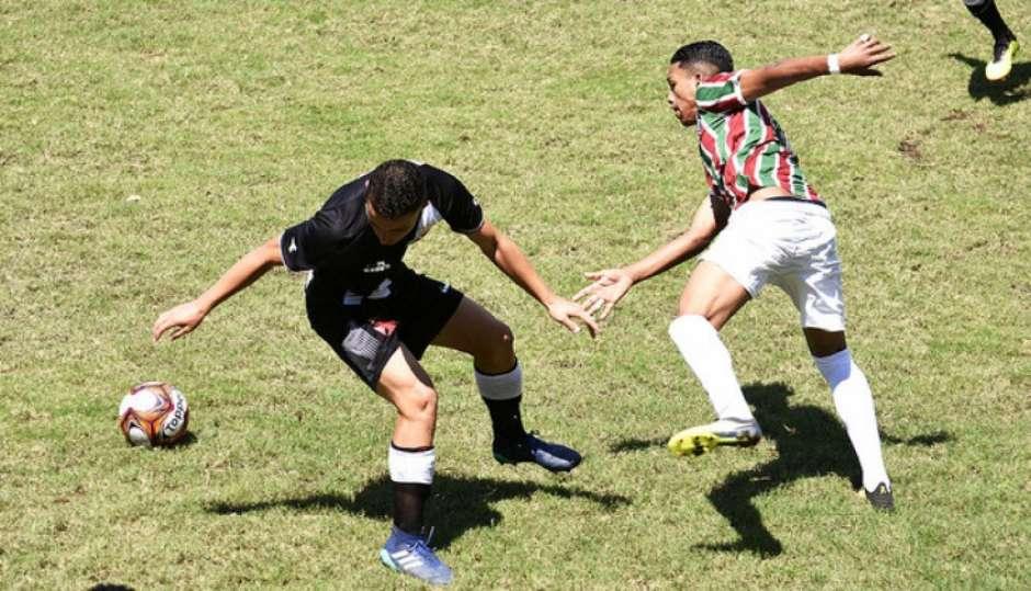 Goleiro Brilha, E Fluminense Vence O Vasco Nos Pênaltis No