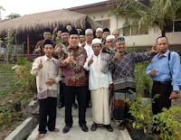 pesantren-kreatif-inovatif-lombok-helmy-faishal