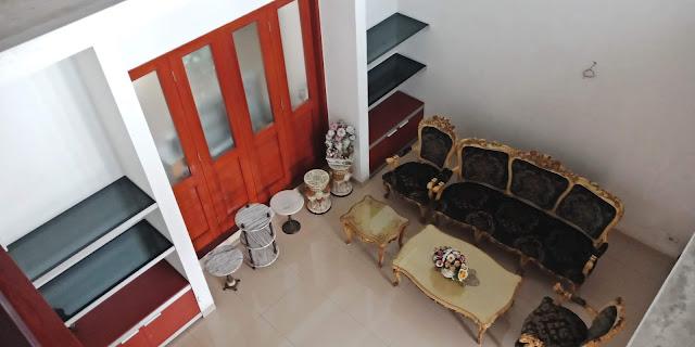 Ruang Tamu Dari Atas Rumah Mewah Modern Di Jalan Kemiri II Simpang Limun Medan Sumatera Utara - 0812 8383 8397