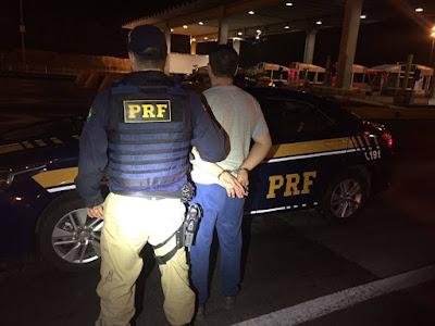 PRF captura homem procurado pela justiça por roubo de carga na Régis Bittencourt