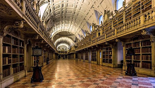 Resultado de imagem para palacio de mafra biblioteca