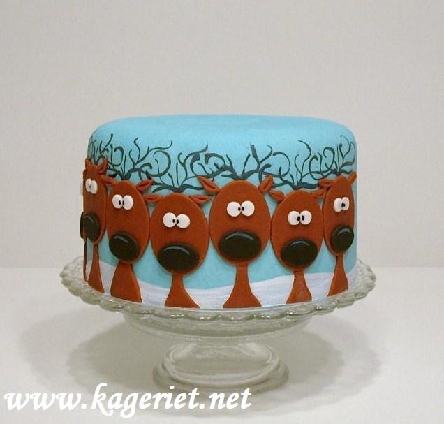 http://cakecentral.com/g/i/1547705/a-dummy-i-made-a-while-ago-and-thought-i-d-show-you-happy-new-year-all/