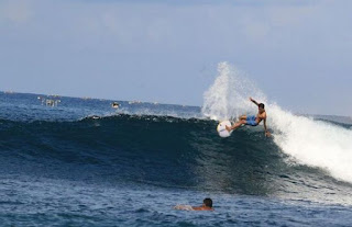 Surfing di Lombok