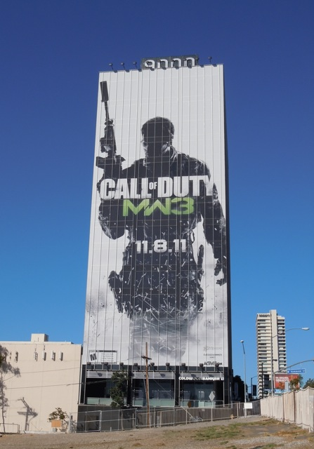Giant Call of Duty MW3 billboard