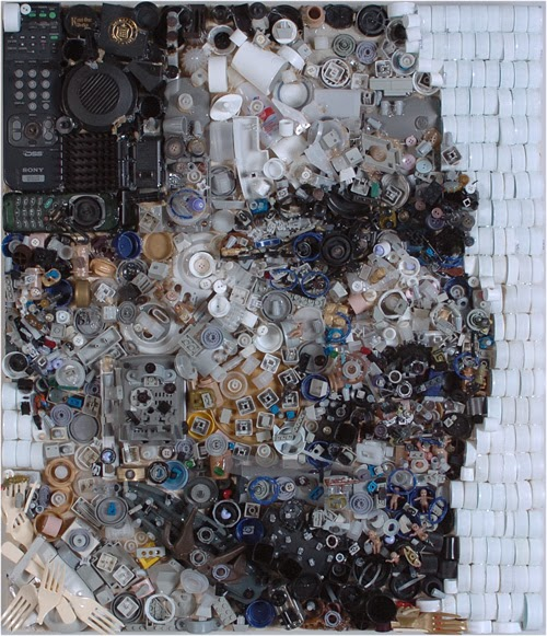 04-Bryan-Zac-Freeman-Recycles-Portrait-Sculptures-www-designstack-co