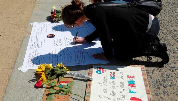 Atacante de Niza envió mensaje a cómplice antes de la masacre