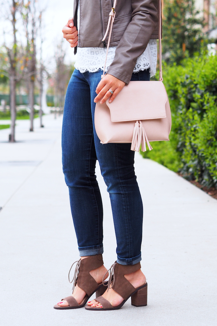 lace tee + blush bag outfit