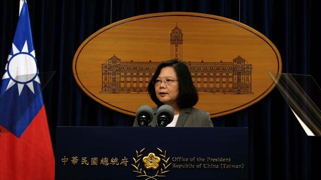"""China advierte sobre comentarios """"peligrosos"""" de líder de Taiwán"""