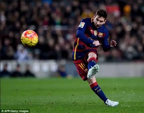Sepatu Bola Terbaru Messi