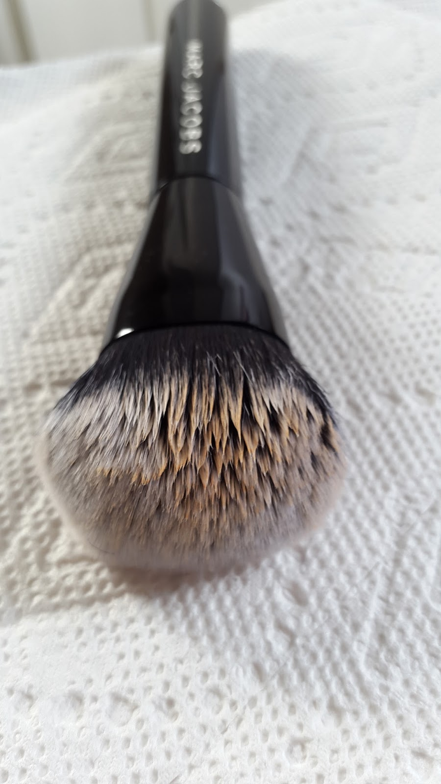 Real Techniques Brush Cleaning Palette Vs Sigma Spa Brush