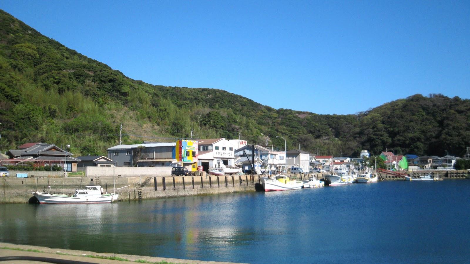 長崎県五島市奈留町の海辺