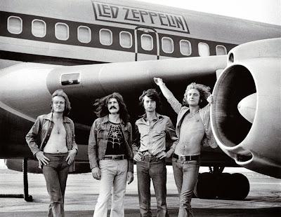Daftar 50 Penyanyi/Band Terbaik Tahun 70an