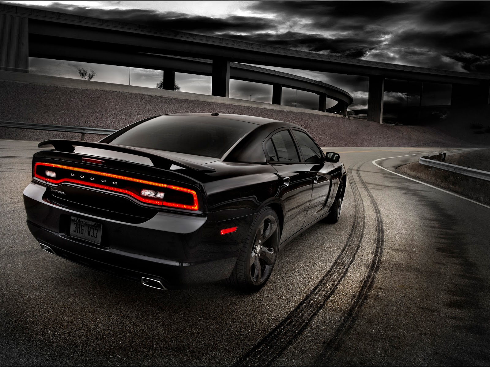 HD Wallpapers: 2012 Dodge Charger RT Wallpapers