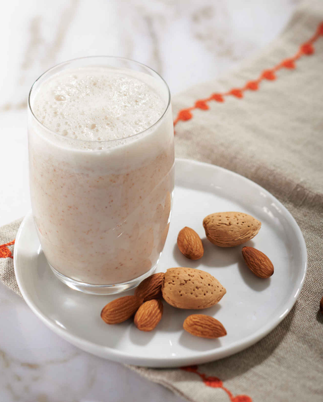 Sweet Almond Cinnamon Milk