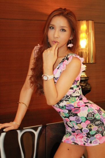 Cute asian crossdresser