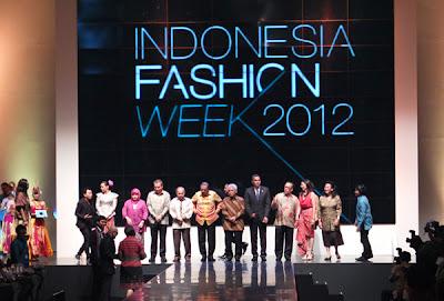 Sejarah Perkembangan Trend Fashion Indonesia