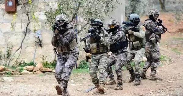Έλαβαν θέσεις 1.000 άνδρες της τουρκικής Στρατοχωροφυλακής στον Έβρο - Η Αθήνα «θωρακίζει» το Αιγαίο για παν ενδεχόμενο