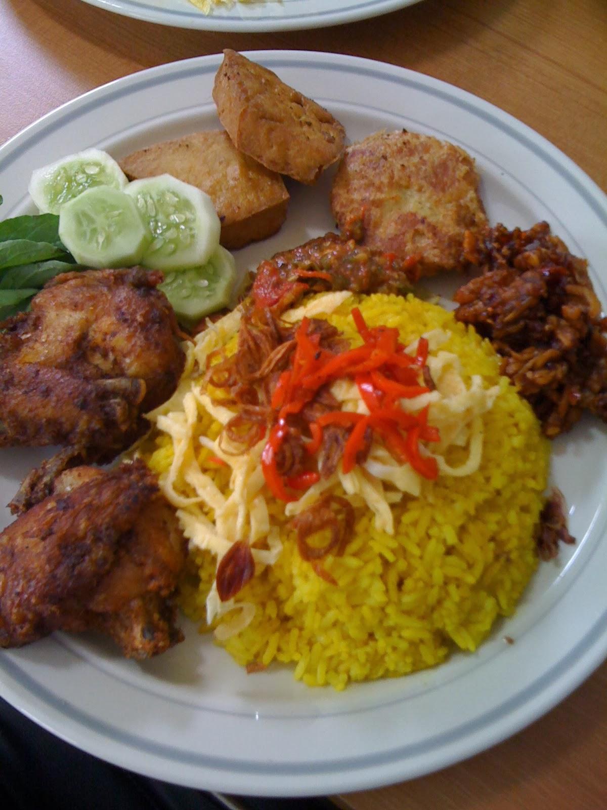 Resep Cara Membuat Nasi Kuning Spesial   Resep Masakan Enak Sederhana Spesial Indonesia