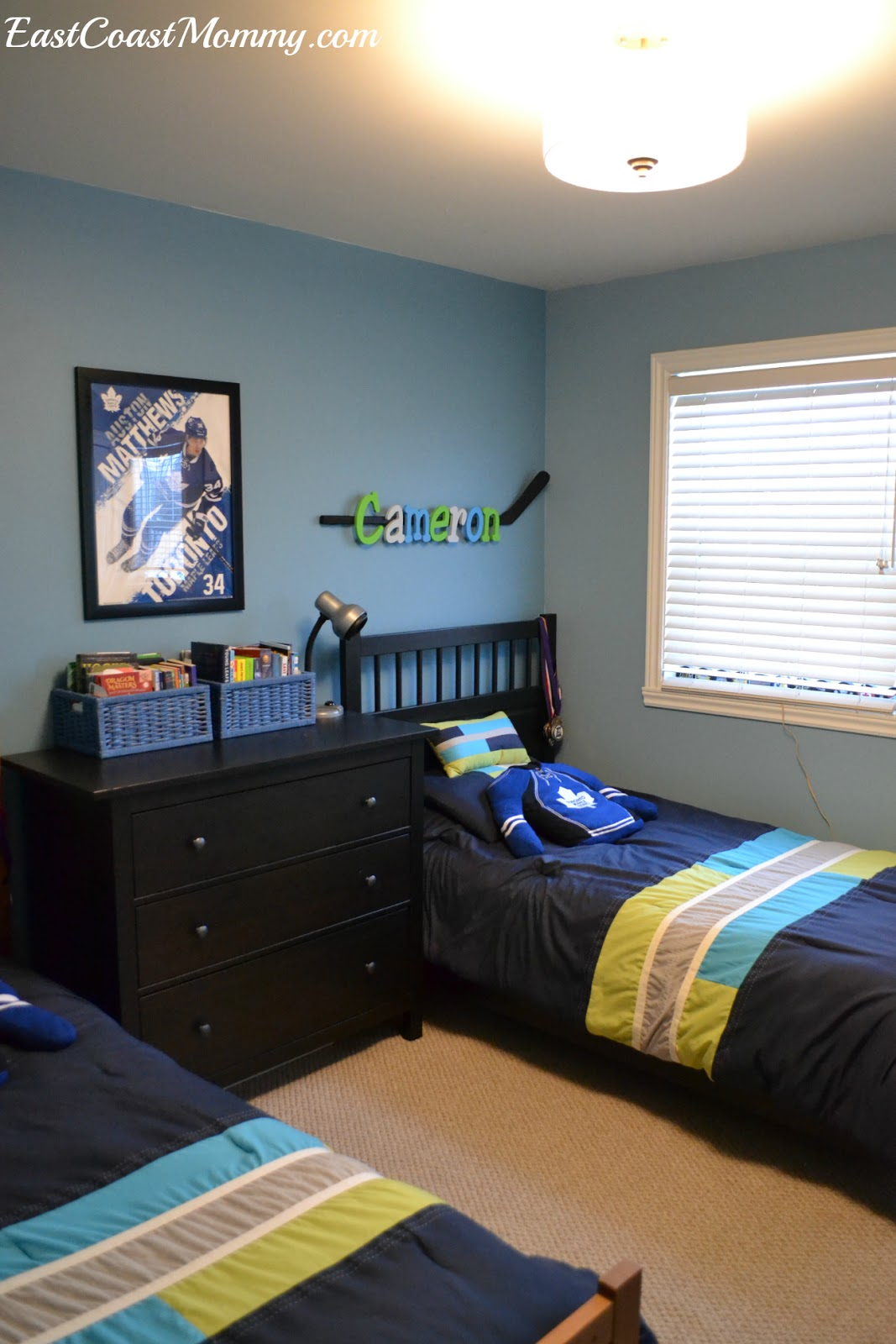 They Have Matching Bedding, But I Labelled Each Side With A Hockey Stick  Containing Each Of Their Names. (You Can Find A Step By Step Tutorial For  The ...
