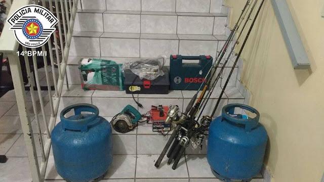Polícia Militar prende ladrões de residência em Registro-SP e recupera os produtos furtados