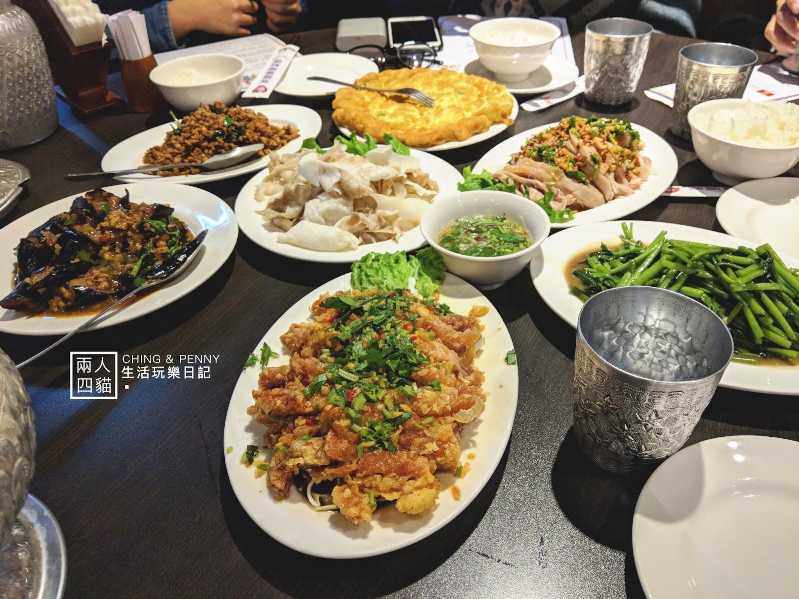 【台北 美食】多人聚餐推薦 西門平價好吃泰式雲南料理 泰皇99
