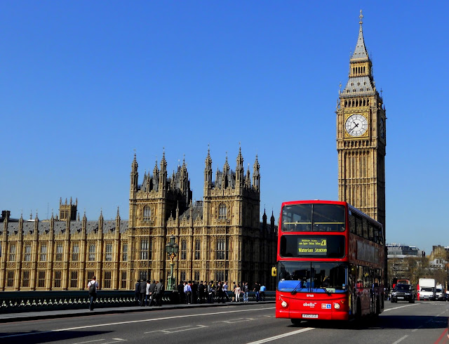 Big Ben London dan Jam Gadang Bukittinggi  SINGKARAKTRAVELER