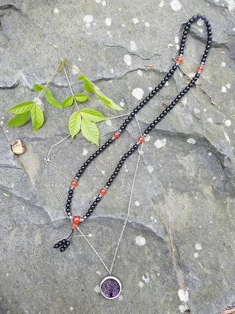 tree of life, spiritual, positive thinking, carnelian, kaylas vibrations, good vibes, black onyx, hematite, lava rock, praying beads, aromatherapy