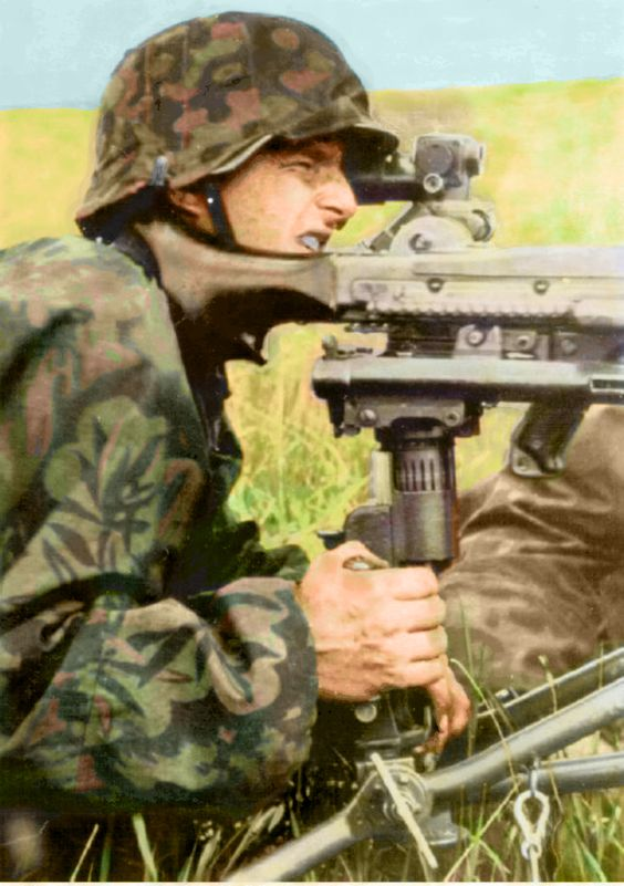 Color pictures soldiers worldwartwo.filminspector.com