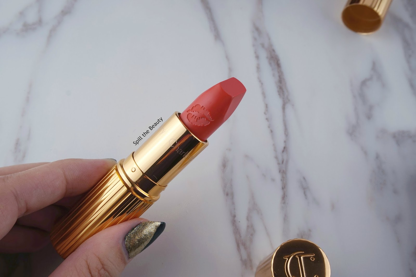 charlotte tilbury hot lips lipstick secret salma kim k.w. miranda may review swatches look miranda may 2 lip swatch