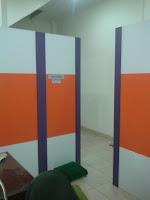 Sekat Partisi Ruangan Bongkar Pasang Model Melengkung - Furniture Semarang