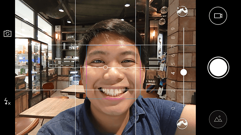 Selfie camera even has grids and beautify levels