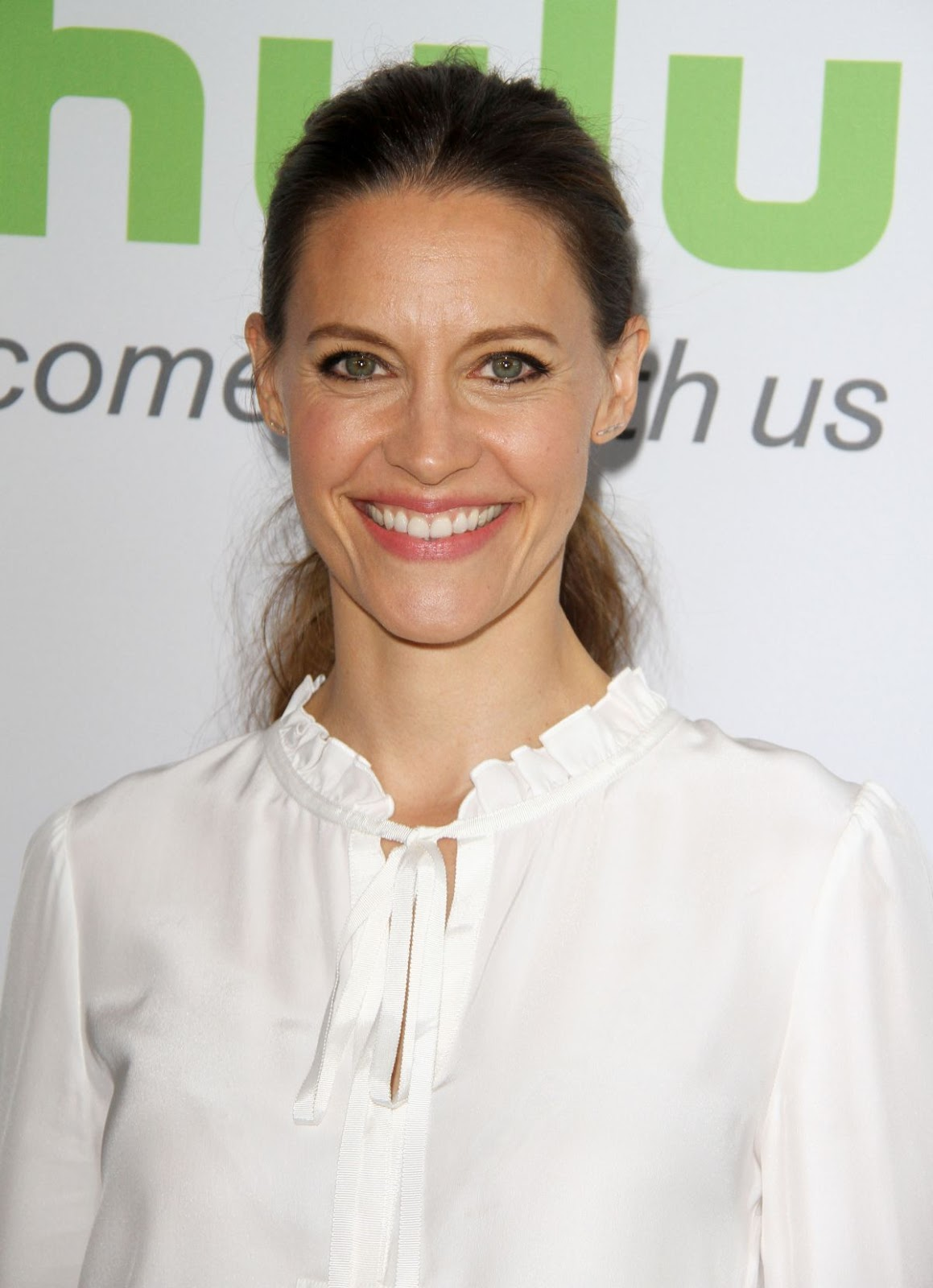 Full HQ Photos of Kadee Strickland at Hulu Press Line at TCA Summer 2016